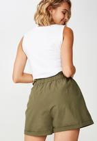 Cotton On - Maisy paperbag shorts - green