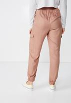 Cotton On - Cerrie drapey utility pants - brown