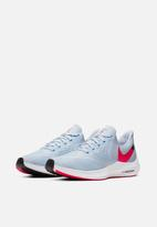 Nike - Wmns Zoom Winflo 6 - half blue/red orbit-black-white