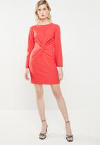 Superbalist - Long sleeve knot detail dress - coral