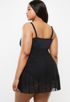 Jacqueline Plus - Mesh overlay swim dress - black