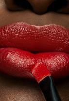 MAC - Love me lipstick - shamelessly vain