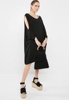 Superbalist - Cold shoulder cover up - black