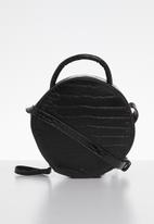 Superbalist - Round croc like bag - black