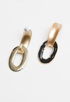 Superbalist - Shaz earrings - black & gold