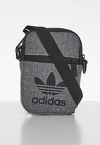 adidas Originals - Mel fest bag - grey & black