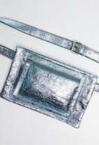 Superbalist - Brode metallic waist bag - blue