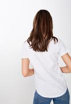 Cotton On - The deep v-neck T-shirts - white