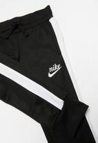 Nike - Nike girls icon tracksuit pants - black
