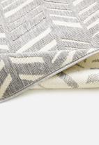 Hertex Fabrics - Smarticks runner - flint