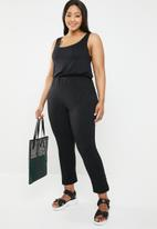 STYLE REPUBLIC PLUS - Sleeveless jumpsuit - black