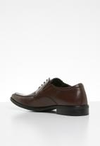 Call It Spring - Brocenu formal shoe - brown