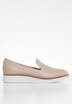 ALDO - Leather flatform loafer - neutral