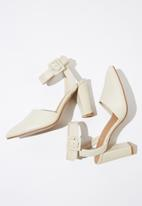 Cotton On - Faux leather buckle heel - cream