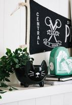 Typo - Small shaped planter - black cat