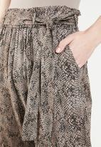 Superbalist - Snake skin paperbag trouser - black & brown