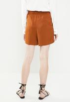 Superbalist - Soft paperbag short - rust