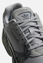 adidas Originals - Falcon - grey / hi-res yellow