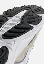 adidas Originals - Ozweego - cloud white/cloud white/core black