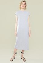 Superbalist - Grown on sleeve T-shirt dress - grey