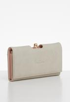 Pierre Cardin - Annaliese purse - neutral