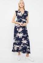 Revenge - Floral tie front maxi dress - multi