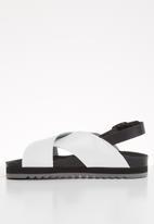Vero Moda - Rita leather sandal - white