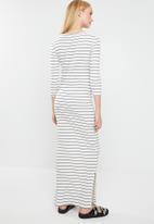 Jacqueline de Yong - Nevada stripe jersey midi dress - white & black