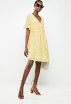 ONLY - Tone short dress - yellow