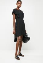 Revenge - Flutter sleeve hi low dress - black