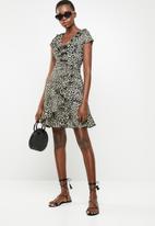 Revenge - Ruffle leopard wrap dress - beige & black