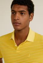 MANGO - Rembes polo - yellow