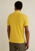 MANGO - Rembes polo - yellow