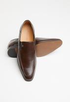 MAZERATA - Grazie 49 wax slip-on - brown