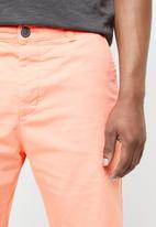 STYLE REPUBLIC - Twill shorts - coral