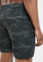 RVCA - Yogger shorts - green