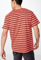 Cotton On - Dylan stripe short sleeve tee - red & black