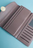 Superbalist - Button detail leather purse - purple