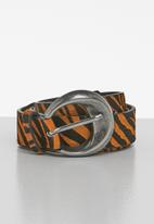 MANGO - Buckle leather belt - black & brown