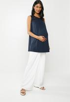 Cherry Melon - Maternity Tank top with crochet lace - navy