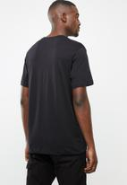 Nike - NSW Nike Air 1 tee - black & white
