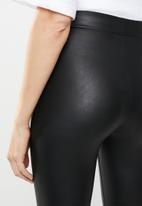 New Look - Wet look leggings - black