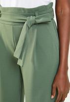 Jacqueline de Yong - Tailor wide culotte pant - green