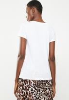 ONLY - Amy fit arrow tee - white