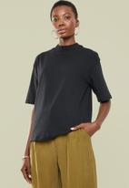 Superbalist - Hi neck grown on sleeve tee - black
