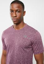 New Balance  - Energy novelty tee - purple