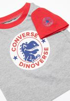 Converse - Conasaur short set - red