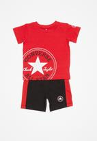 Converse - Cnvb ovrsd chuck patch short - red & black