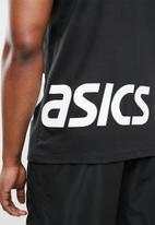 Asics - Asics low big logo tee - black