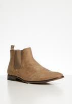 Superbalist - Seth chelsea boot - tan